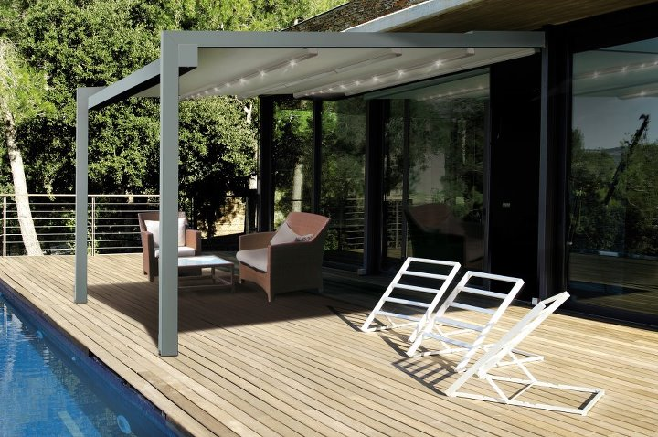 pergola et abri de terrasse store fenetre la rochelle. Black Bedroom Furniture Sets. Home Design Ideas