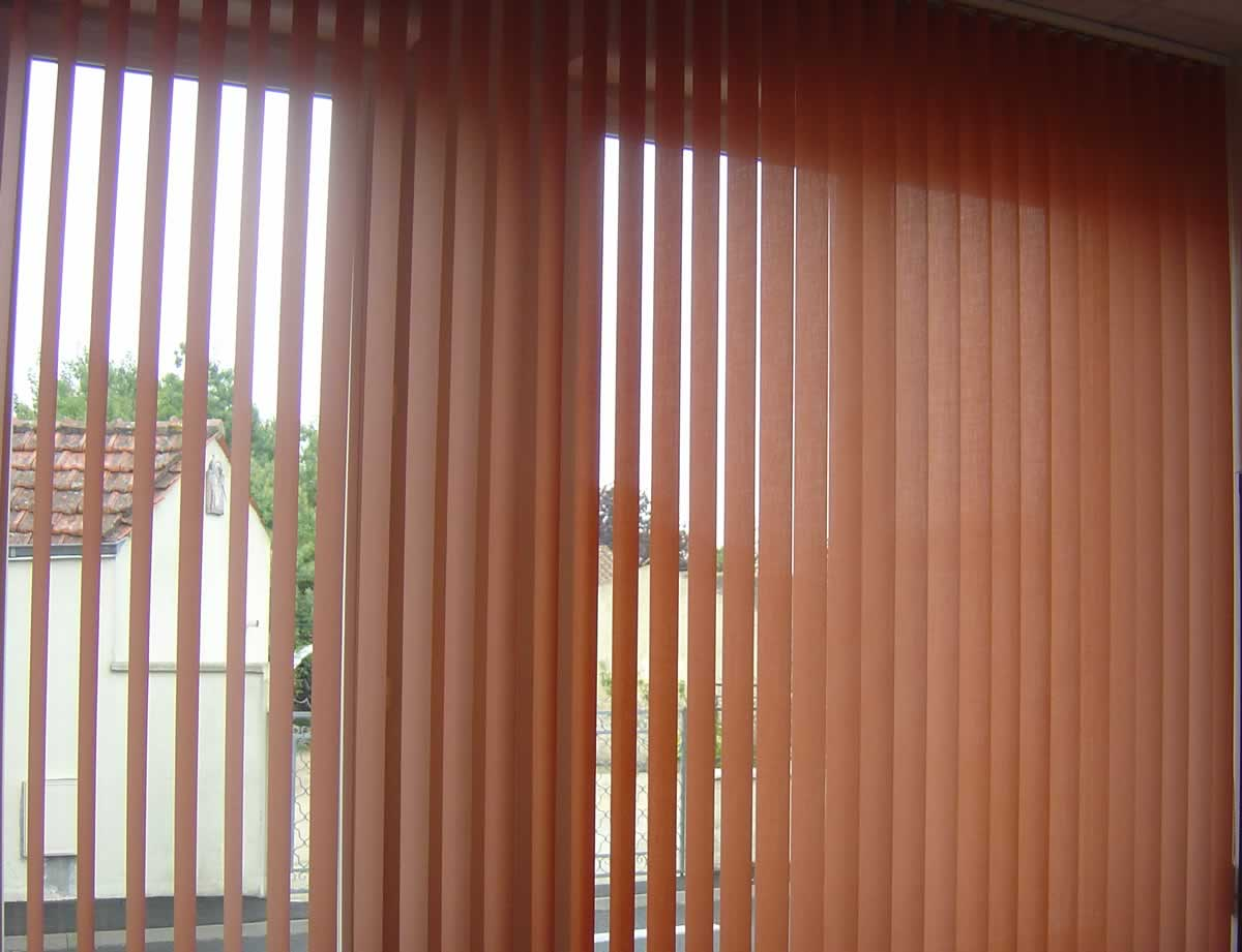 Store interieur pour fenetre pvc decoration store for Store fenetre pvc